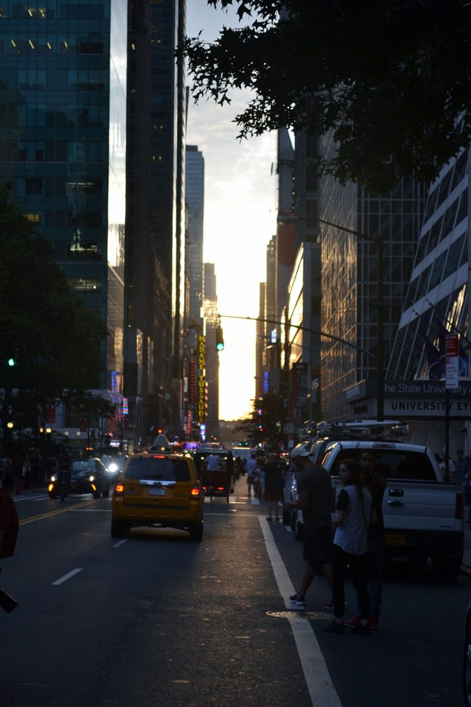 Manhattan Henge // New York - Manhattan Henge 3 683x1024