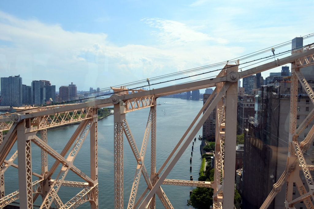Travel Tip: Roosevelt Island & Tram // New York City - Roosevelt Island 7 1024x683