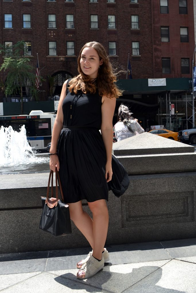 Outfit: Plisse Skirt & Adidas Superstar Metal Toes | New York - Plisse Rock 6 683x1024