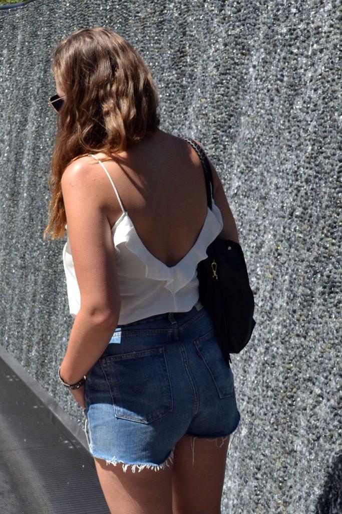 Outfit: Levi's Shorts // Rosegold Sunglasses | Las Vegas - Rosegold Sunglasses 2 683x1024