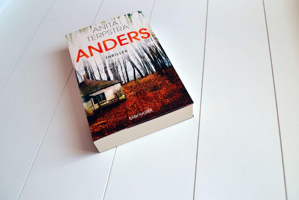 Books: Anders   Anita Terpstra - Anders 1024x683