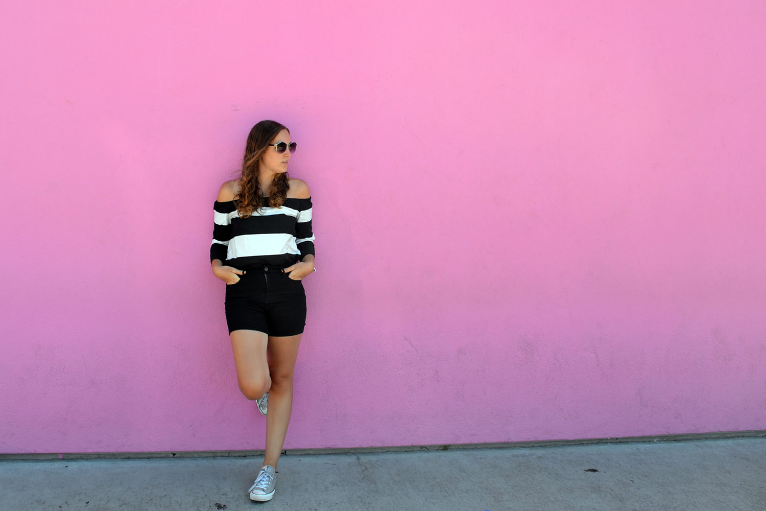 Outfit: Black & White Off Shoulder | Los Angeles