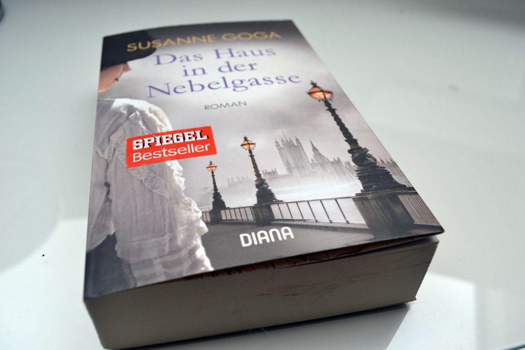 Books: Das Haus in der Nebelgasse | Susanne Goga - Das Haus in der Nebelgasse 1024x683
