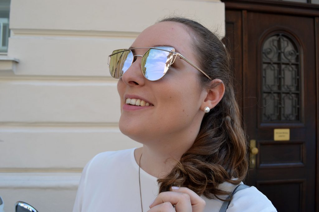 Outfit: White Top, Rose Gold Sunglasses & Adidas Superstar Metal Toes | Munich - Spring Look 6 1024x683