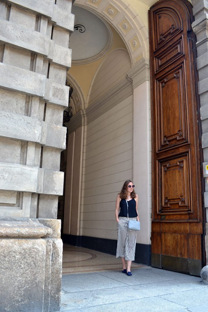 Outfit: Striped Culottes & Loafers | Milaan - Striped Culottes 3 683x1024